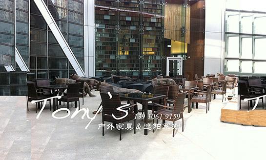 餐厅户外休闲桌椅案例