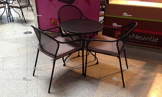 户外家具--钢网桌椅