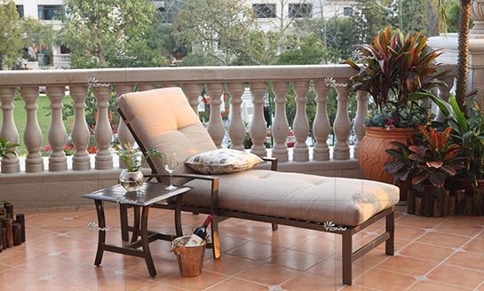 agio-卡拉雷铸铝躺椅