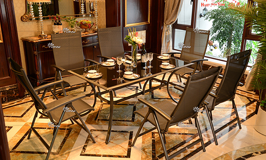 agio-斯图尔特铸铝铸桌椅