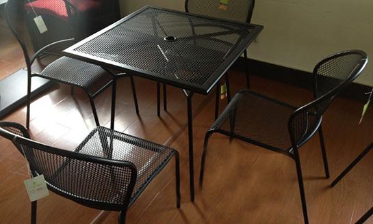 钢网方桌椅