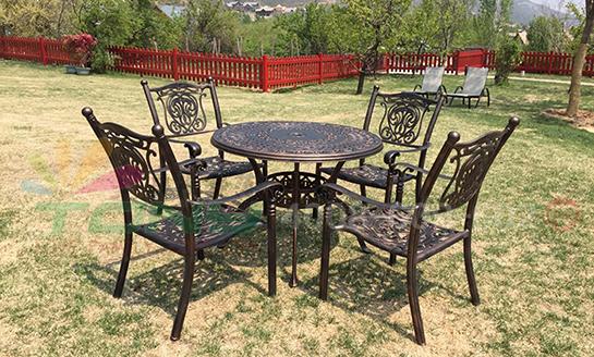 铸铝桌椅-14
